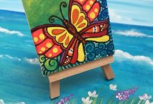 World of Mini Easel & Canvas